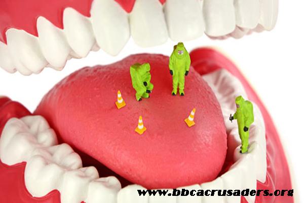 ağız bakımı yapımı, ağız bakımında dil temizliği, dil temizliğinin  önemi