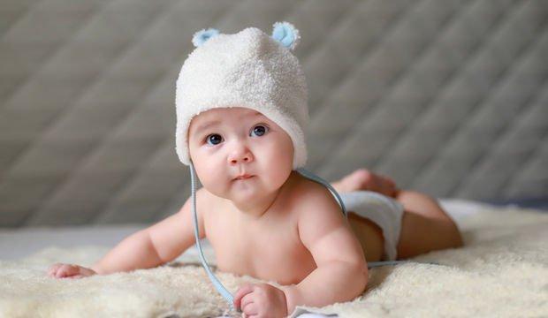 Aylara Göre Bebekler Nasıl Gelişir?